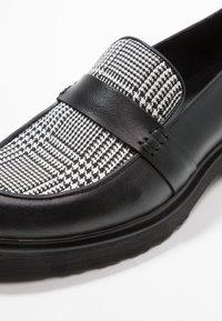 KIOMI - Nazouvací boty - black - 2