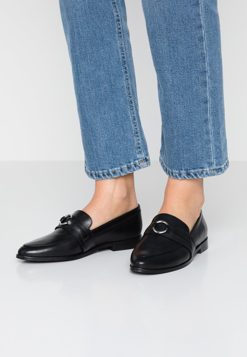 KIOMI - Loafers - black