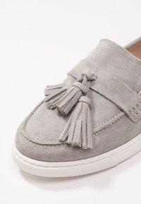 KIOMI - Nazouvací boty - light grey - 2