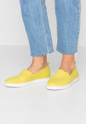 Nazouvací boty - yellow
