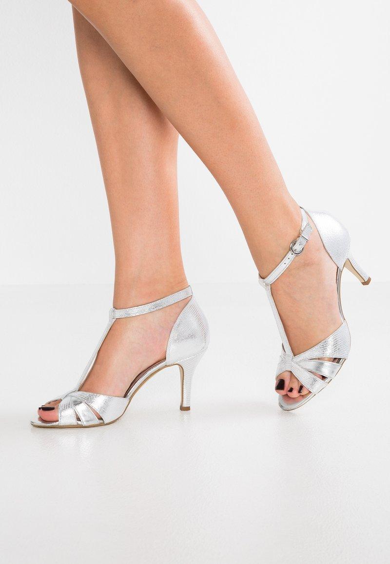 KIOMI - Sandals - argento