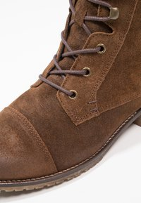 KIOMI - Ankle boots - brown - 2