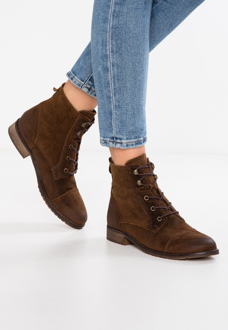 KIOMI - Ankle boots - brown