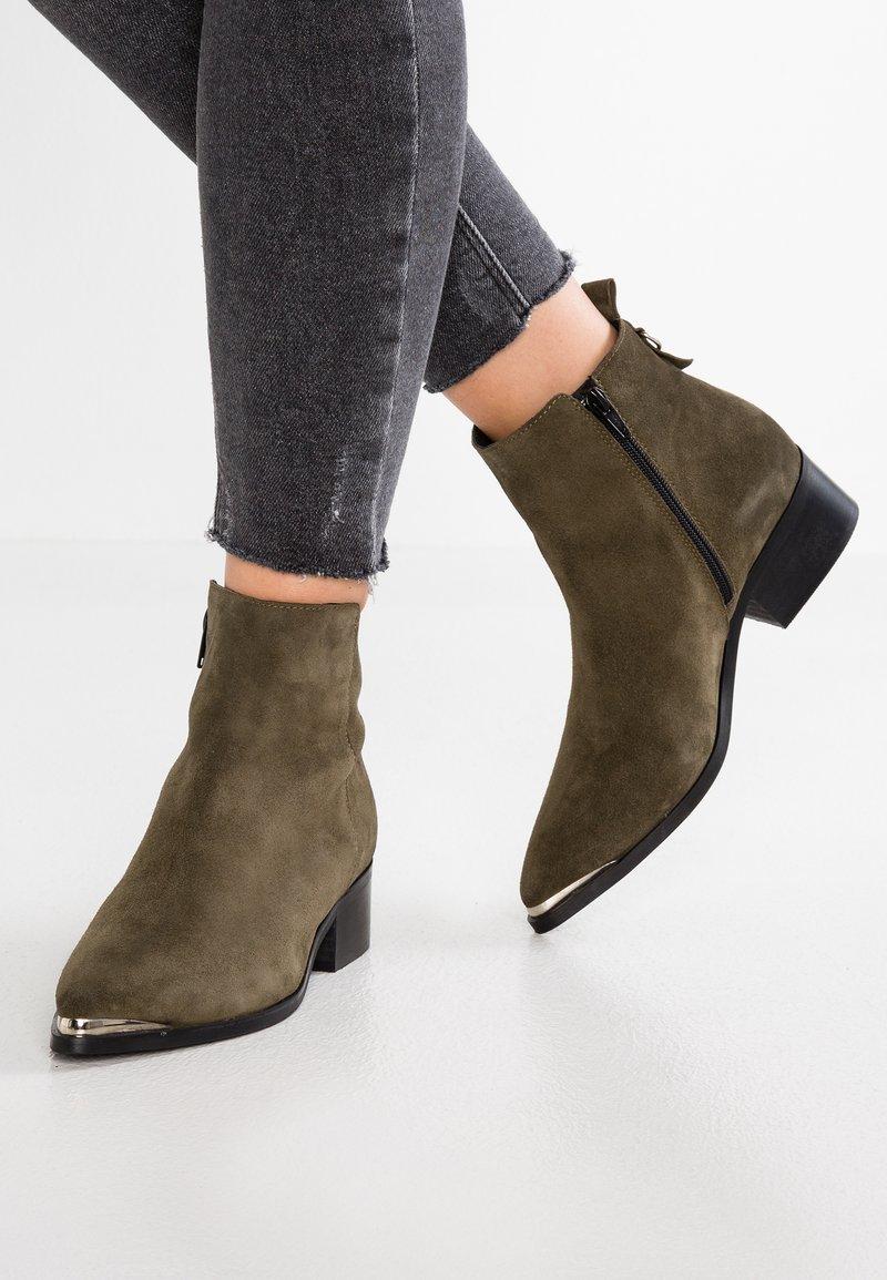 KIOMI - Ankle Boot - khaki