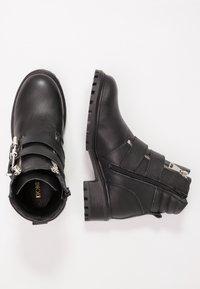 KIOMI - Cowboystøvletter - black - 3