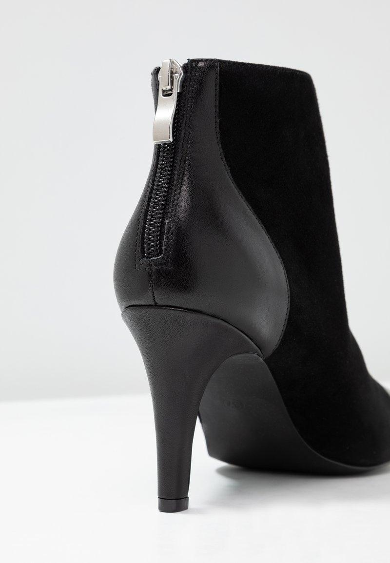 Talons Boots À À Talons Kiomi Black Kiomi Boots Black À Kiomi Boots hrCsdxQt