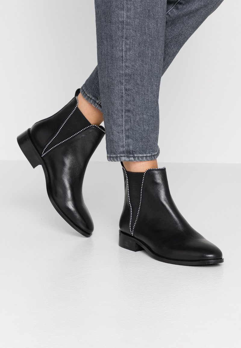 KIOMI - Ankle Boot - black