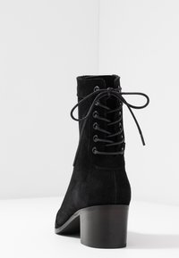 KIOMI - Classic ankle boots - black - 5
