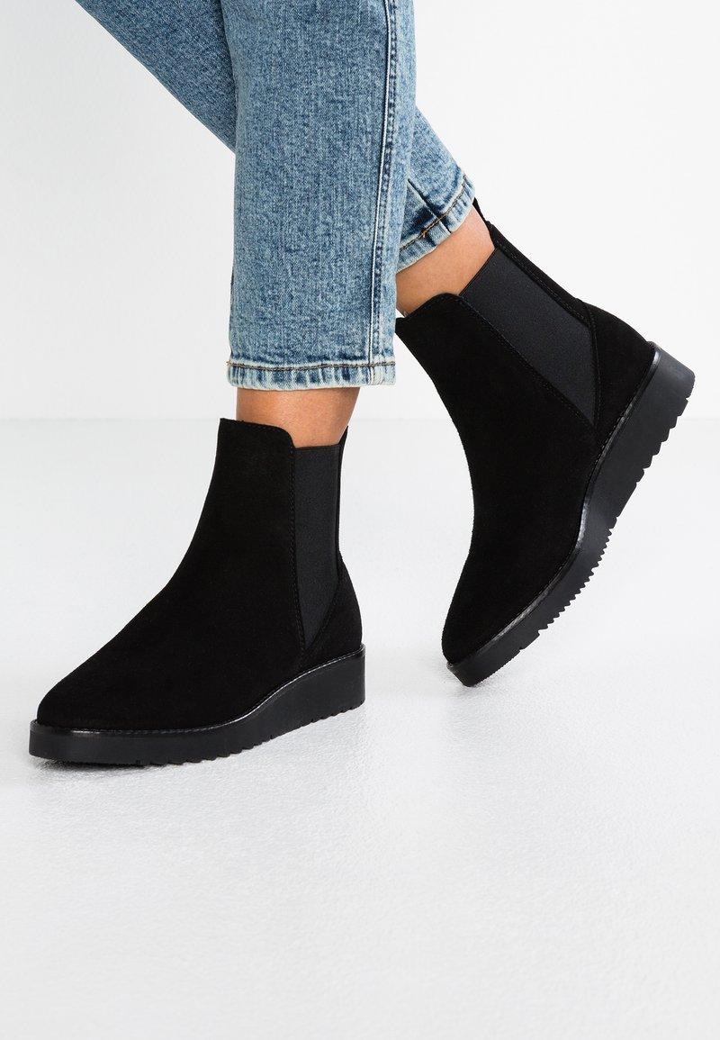 KIOMI - Wedge Ankle Boots - black