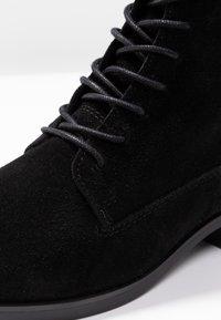 KIOMI - Šněrovací kotníkové boty - black - 2