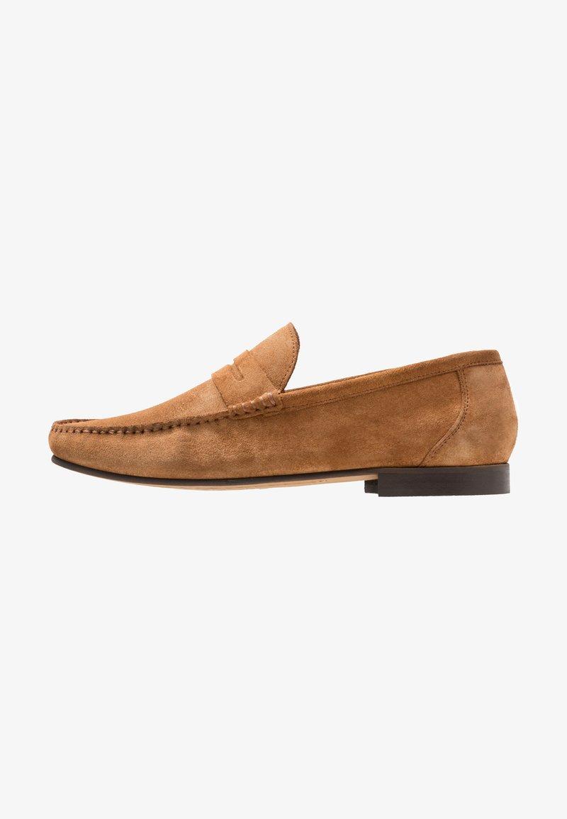 KIOMI - Nazouvací boty - cognac