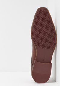 KIOMI - Smart lace-ups - cognac - 4