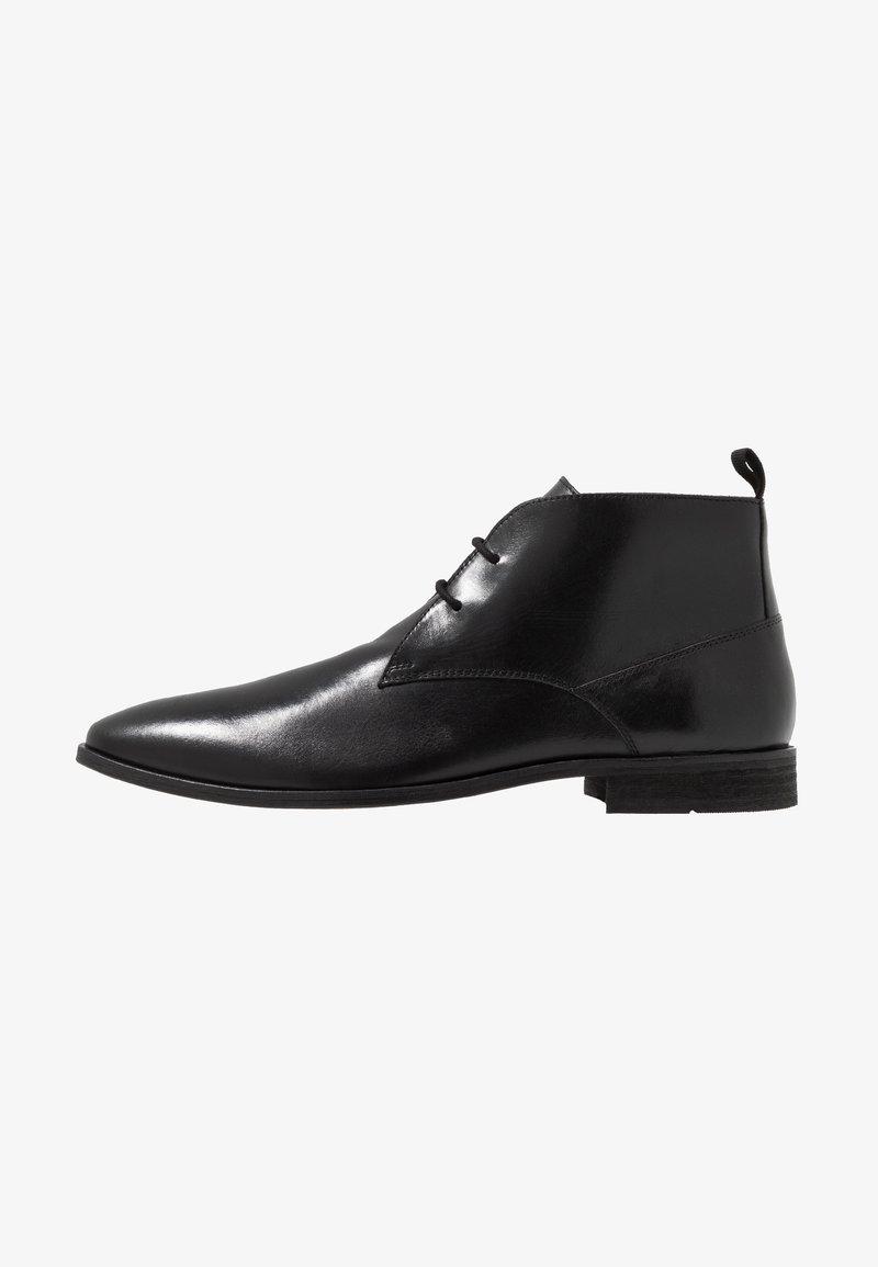 KIOMI - Zapatos con cordones - black
