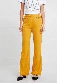 KIOMI - Pantalon classique - dark yellow - 0