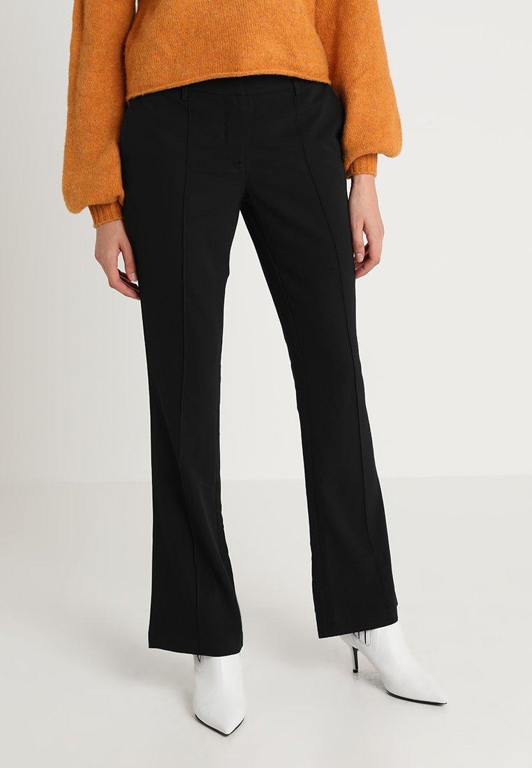 KIOMI - Pantalones - black