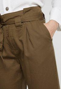 KIOMI - Trousers - khaki - 3