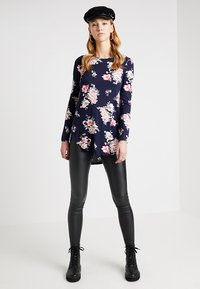 KIOMI - Leggings - Trousers - black - 1