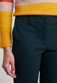 KIOMI - Trousers - scarab - 6