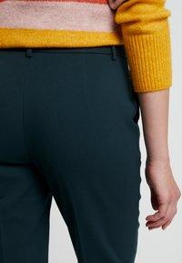 KIOMI - Trousers - scarab - 4