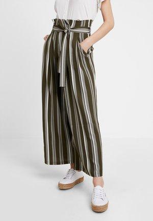 Trousers - khaki/white
