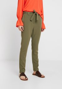 KIOMI - Trousers - burnt olive - 0