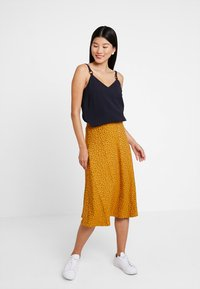 KIOMI - A-line skirt - orange/black - 1