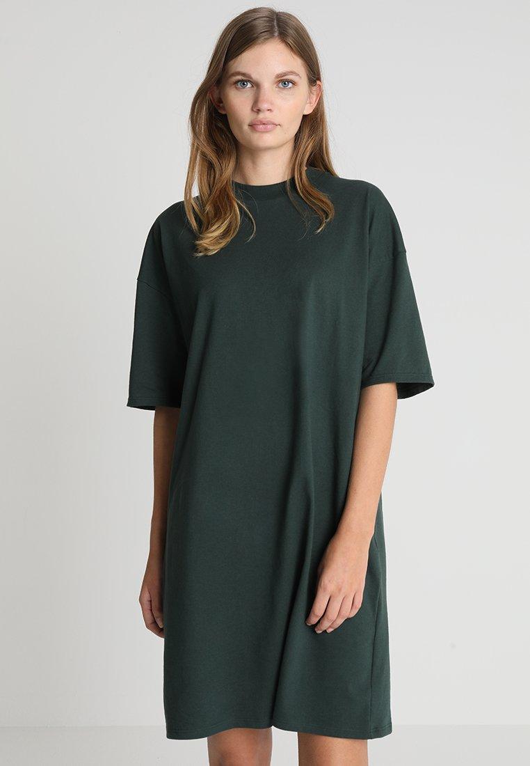 KIOMI - Jerseykleid - scarab