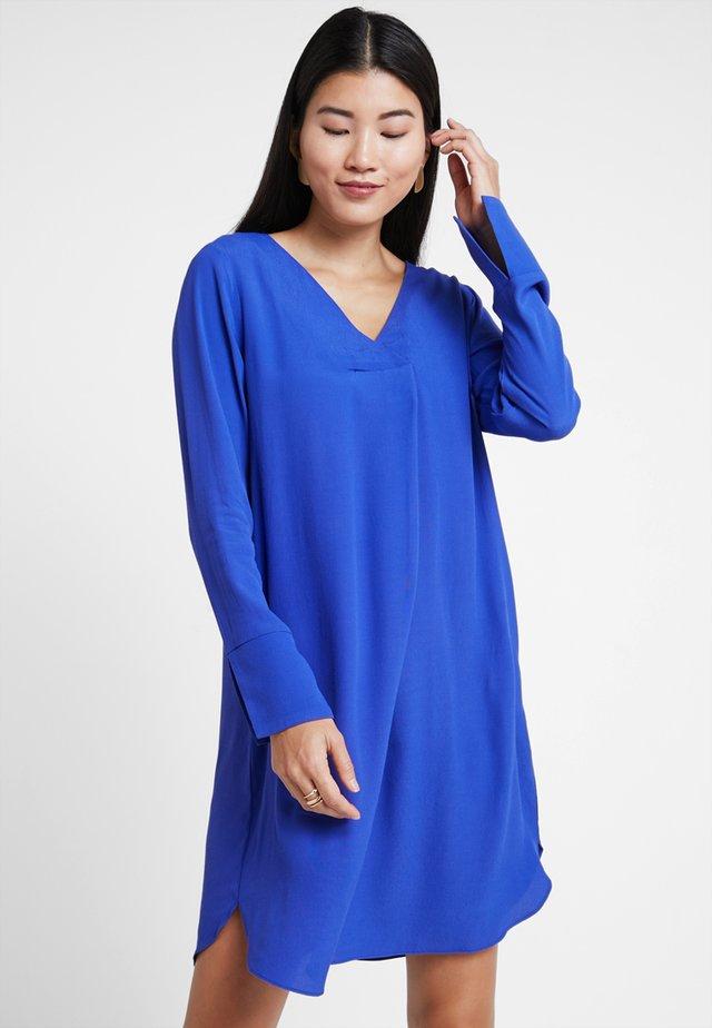 Kjole - clematis blue