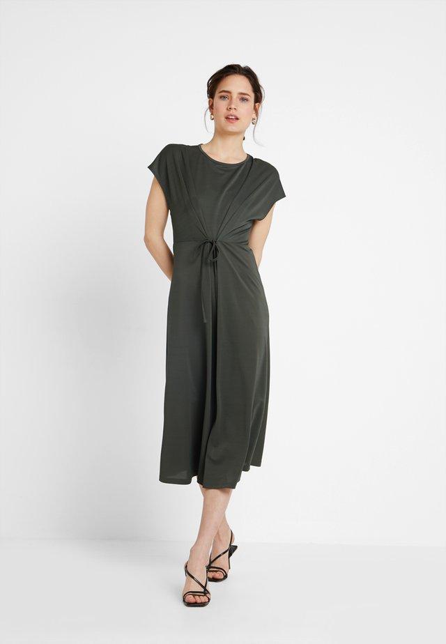 Jerseyklänning - olive night
