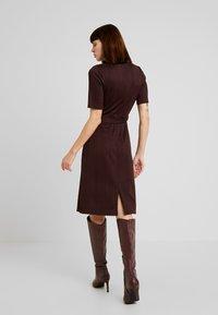 KIOMI - Jersey dress - chocolate plum - 2