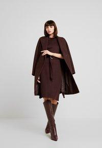 KIOMI - Jersey dress - chocolate plum - 1