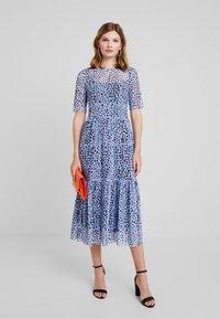 KIOMI - Maxi dress - multicolored/blue - 1