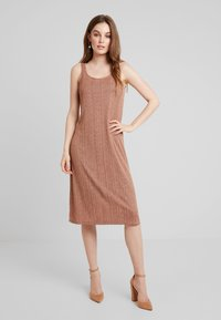 KIOMI - Jersey dress - brown - 0