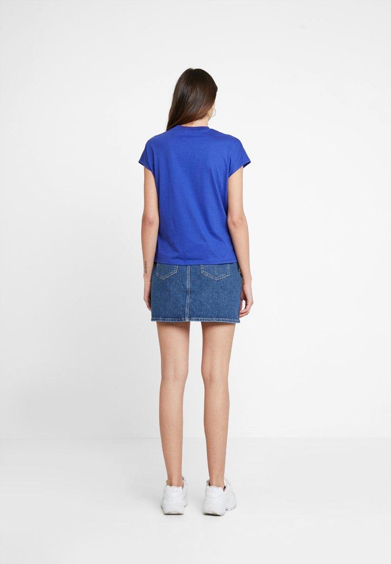 Kiomi shirt BasiqueClematis shirt BasiqueClematis Kiomi Blue T T Kiomi Blue shirt T QoECWxBred
