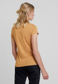 KIOMI - T-shirt basic - apple cinnamon - 2