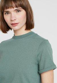 KIOMI - T-shirt basic - goblinblue - 3