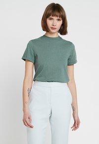 KIOMI - T-shirt basic - goblinblue - 0