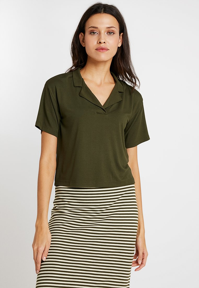KIOMI - Poloshirt - olive night