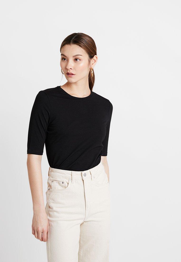 KIOMI - T-shirts - black