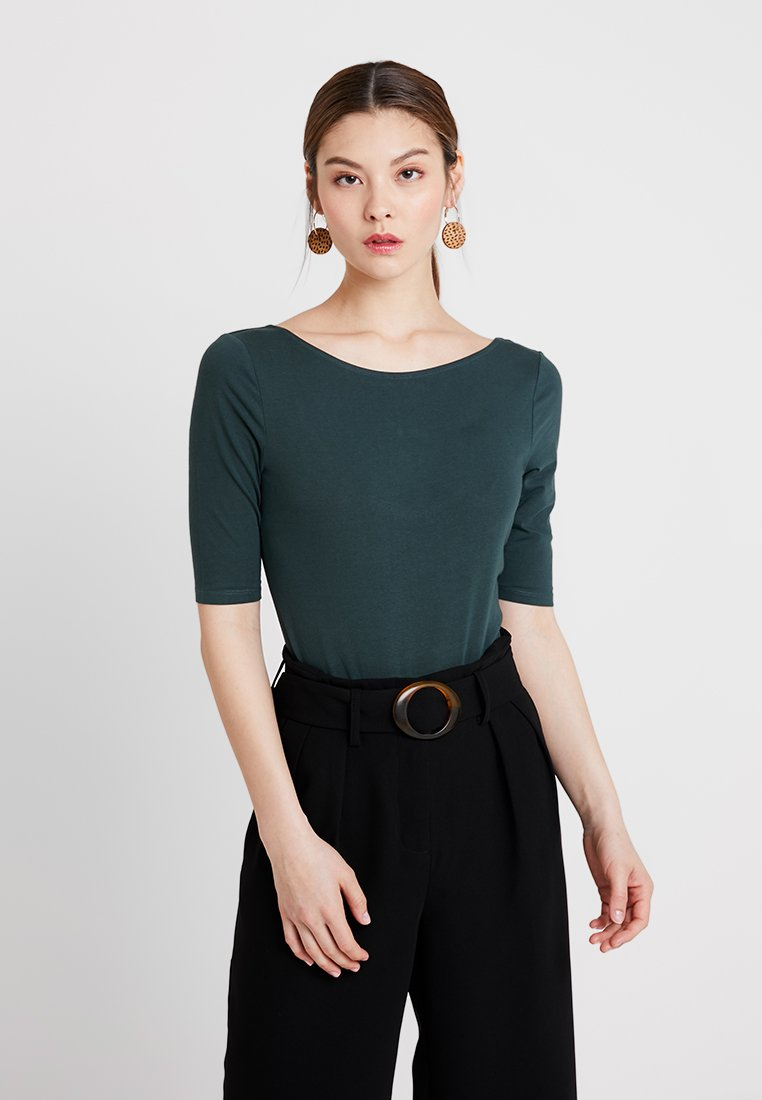 KIOMI - BODY - Basic T-shirt - green gables