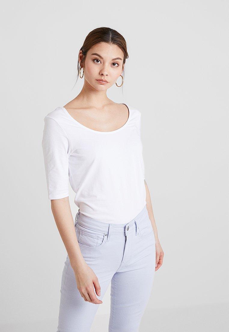 KIOMI - T-Shirt basic - white