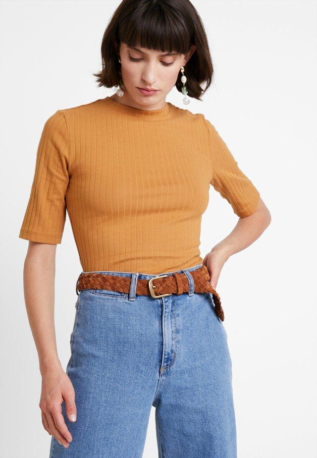 T-Shirt print - apple cinnamon