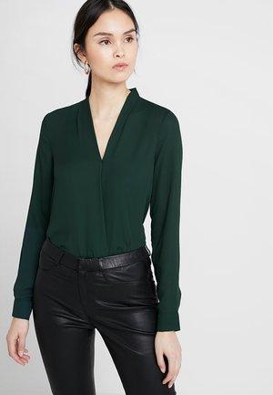 Pusero - dark green