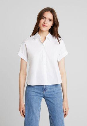 CROPPED BOXY  - Button-down blouse - white
