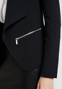 KIOMI - Blazer - black - 5