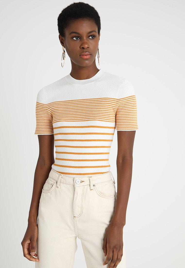 KIOMI - Camiseta estampada - white/yellow