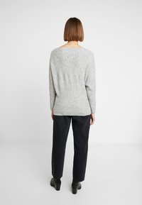 KIOMI - Jumper - mottled light grey - 2