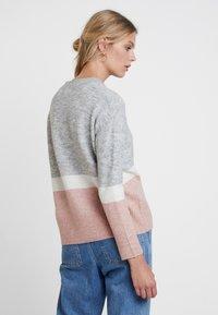 KIOMI - Maglione - light grey/rose - 2