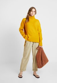 KIOMI - Jumper - golden yellow - 1