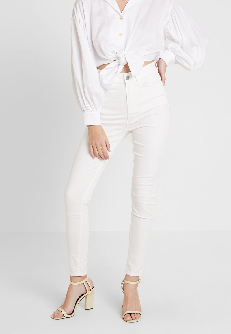 KIOMI - Jeans Skinny Fit - white denim